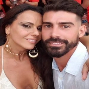 Roberio de Ogum acerta de novo: Viviane Araújo não casou!