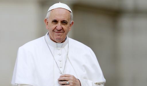 Roberio de Ogum previu e acertou: Ano difícil para o Papa na saúde em 2020