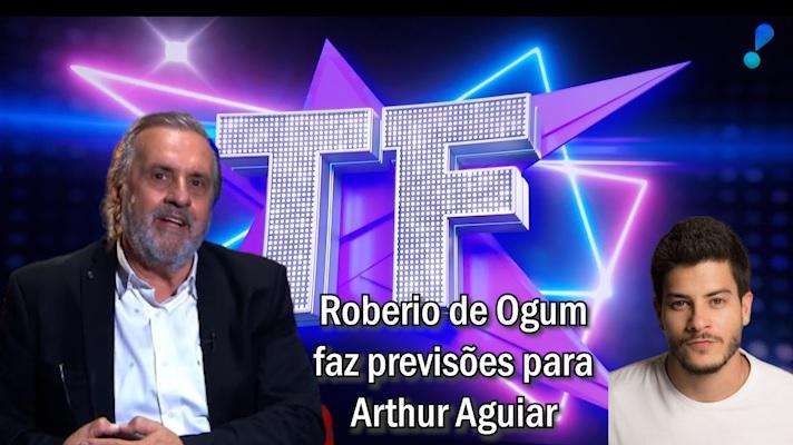 """Roberio de Ogum faz previsões para Arthur Aguiar no programa """"TV FAMA"""""""