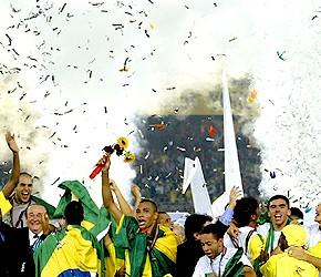 Roberio de Ogum acerta de novo! Ele previu que o Brasil seria campeão da Copa do Mundo em 2002! Confira!