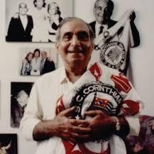 Roberio de Ogum Acerta de Novo! Faz trabalho em 1977, tira o Corinthians da fila.Tira sapo enterrado.