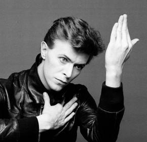 Roberio de Ogum acerta de novo: Morre David Bowie, um roqueiro que marcou a grande história!