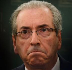 Roberio de Ogum acerta de novo: Cunha renunciou!