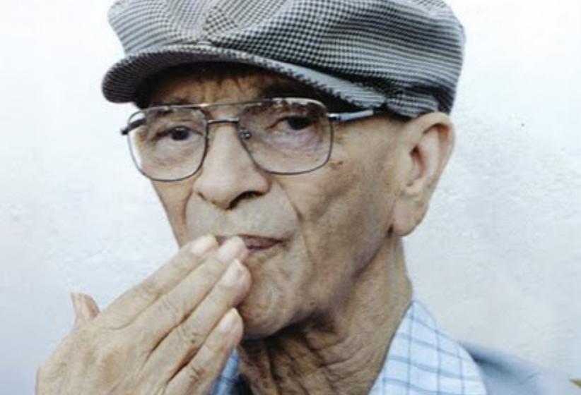 Roberio de Ogum faz homenagem para o grande médium Chico Xavier