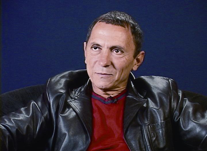 ROBERIO DE OGUM ENTREVISTA O ESCRITOR E EX-PRESIDIÁRIO LUIZ ALBERTO MENDES.