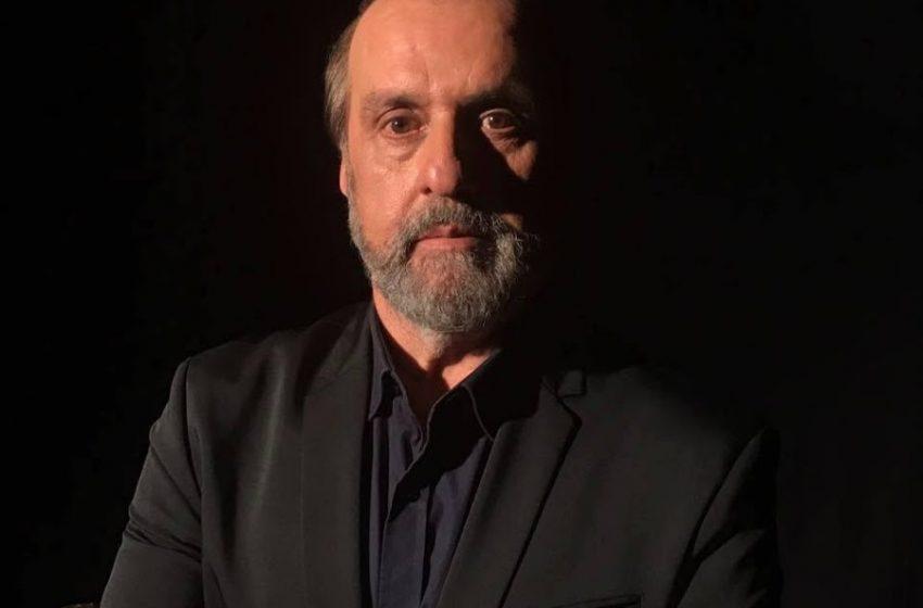 """Roberio de Ogum explica fatos sobrenaturais no """"Programa Luciana By Night""""."""
