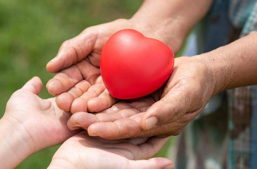 """Reflexão com Roberio de Ogum: """"Estamos praticando a caridade"""""""